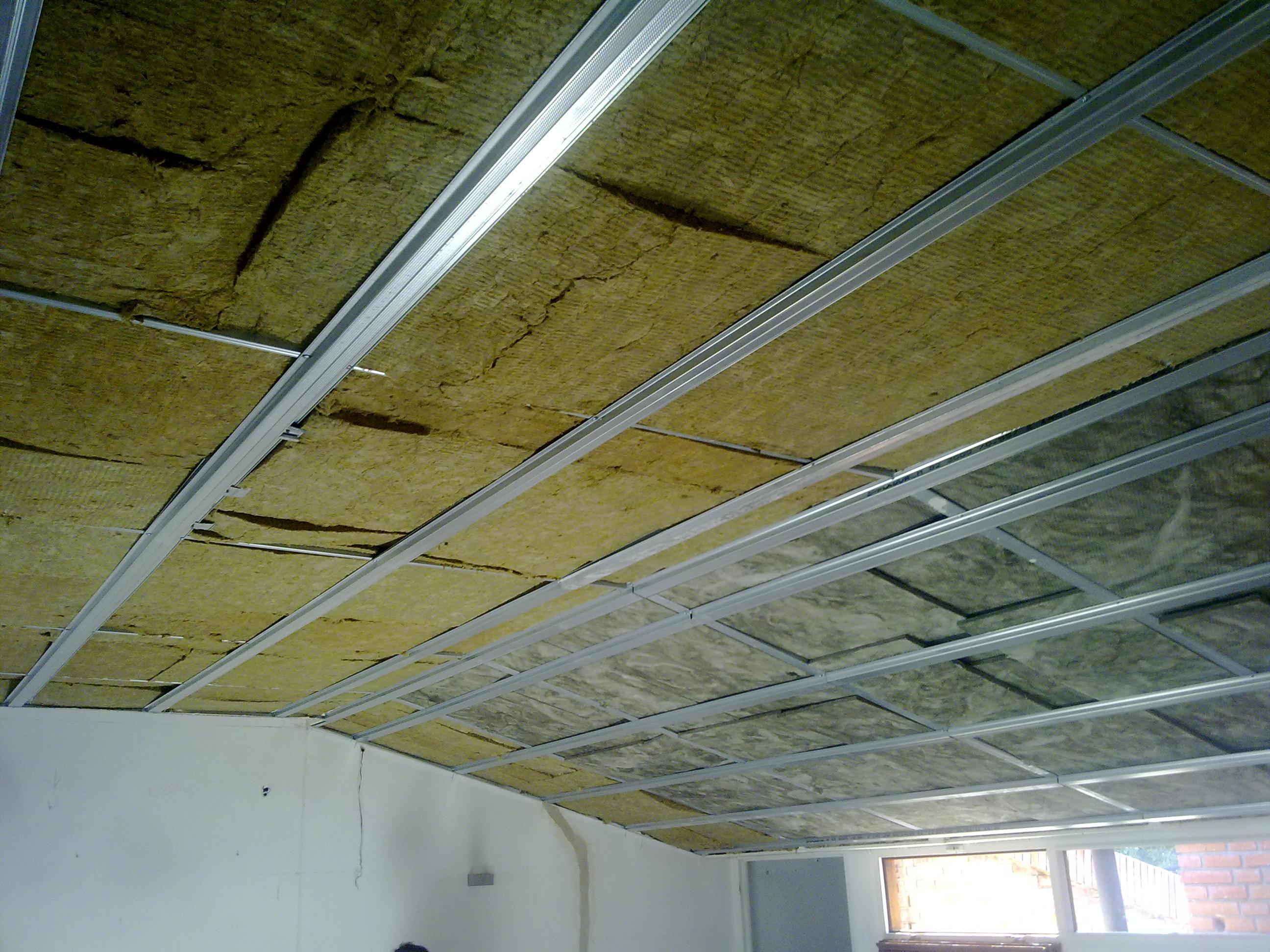 Aislamiento termico in techos for Aislamiento lana de roca